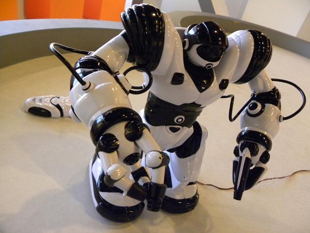 300互動|史賓機器人