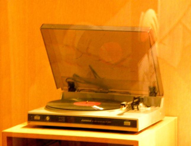 06唱盤機