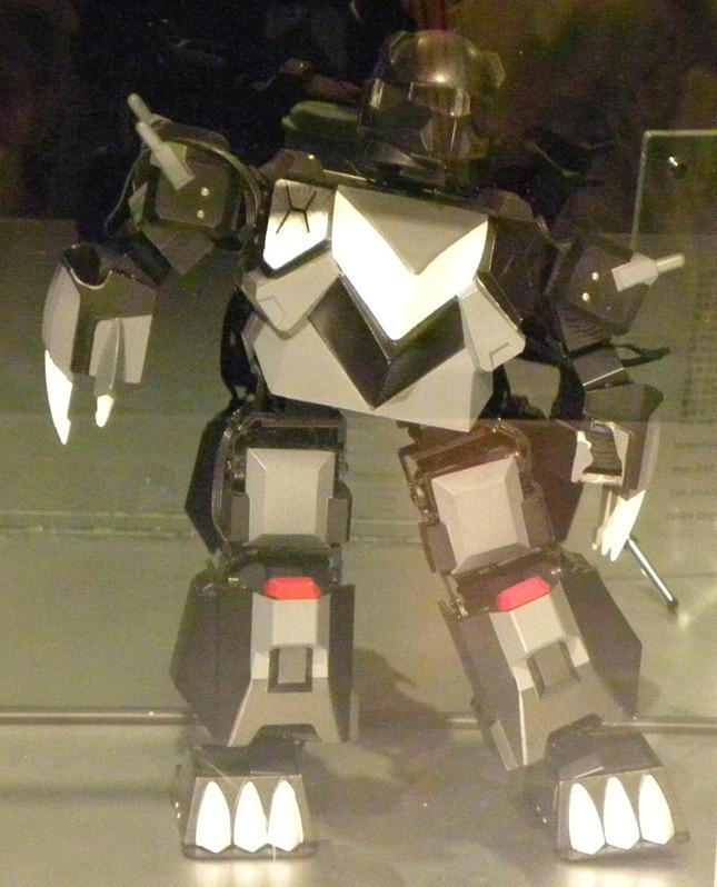 151台灣勝利黑熊機器人