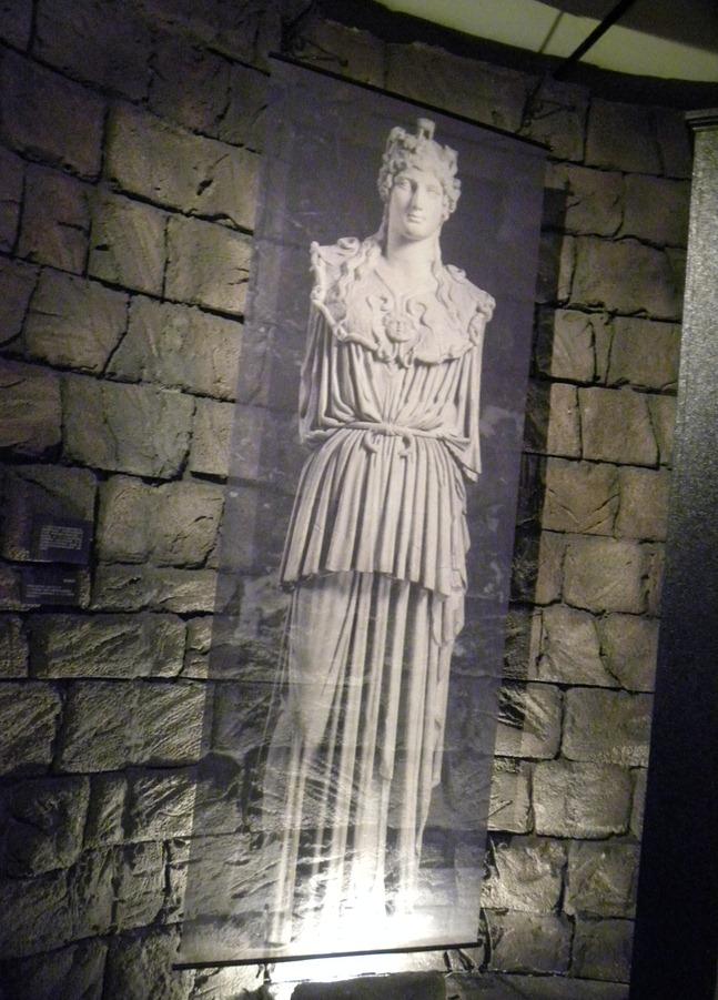 18雅典娜像
